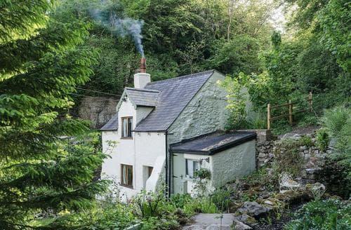 Last Minute Cottages - Rock Cottage