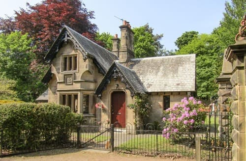 Last Minute Cottages - The Gate House