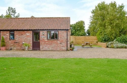 Last Minute Cottages - Barnside Cottage