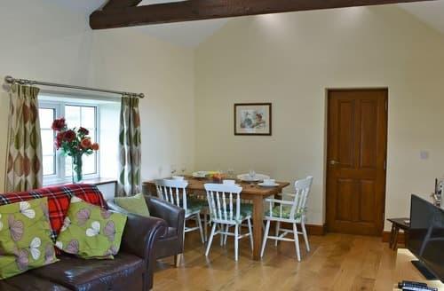 Last Minute Cottages - Apple blossom Cottage