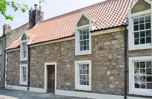 Last Minute Cottages - Albion House