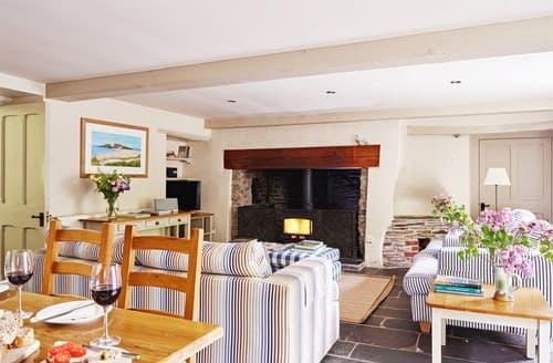 Last Minute Cottages - Coach House - UKC3967