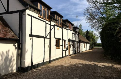 Last Minute Cottages - Shepherds Spring Maisonette - UKC4119