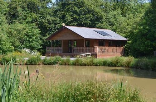 Last Minute Cottages - Hazel Lodge-W42814