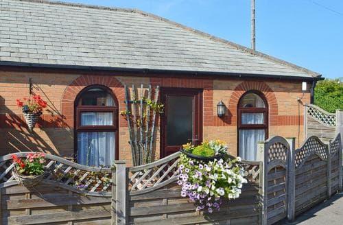 Last Minute Cottages - 3 Eldin Hall Properties
