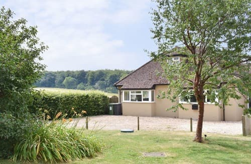 Last Minute Cottages - Dunley Den