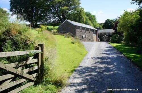 Last Minute Cottages - The Hayloft, Oare
