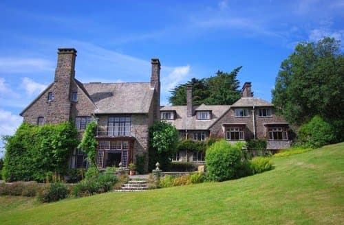 Last Minute Cottages - Somerset Country House, Porlock