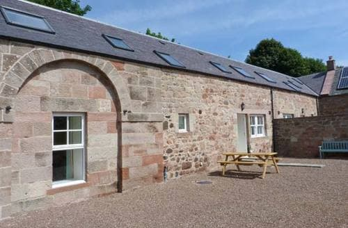 Last Minute Cottages - Tasteful Chirnside Cottage S9382