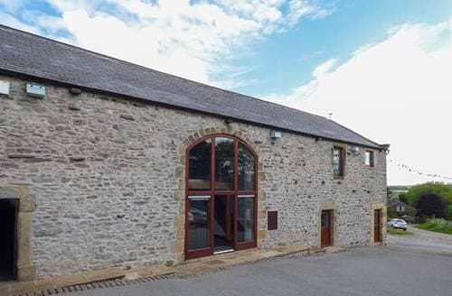 Last Minute Cottages - Broadway Barn