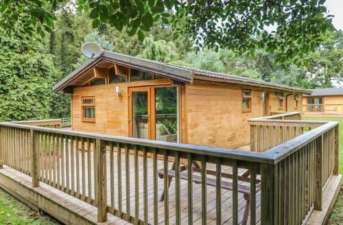 Last Minute Cottages - Ash Lodge