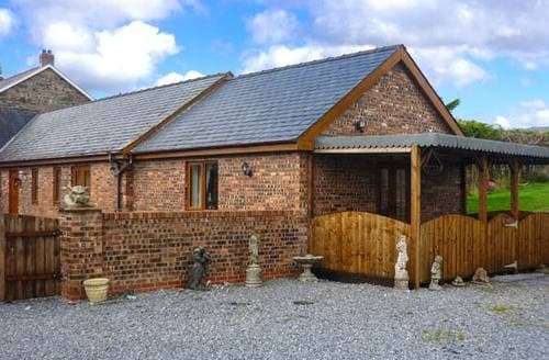 Last Minute Cottages - The Cowshed