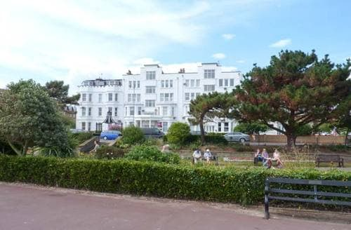 Last Minute Cottages - Attractive Clacton On Sea Apartment S9438