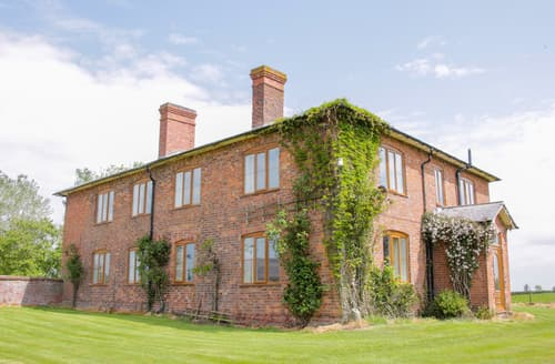 Last Minute Cottages - The Manor House at Kenwick Lodge