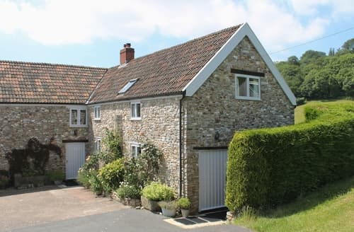 Last Minute Cottages - Whitcombe Cottage