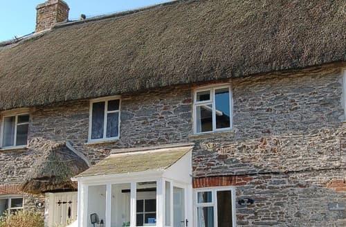 Last Minute Cottages - Vine Cottage