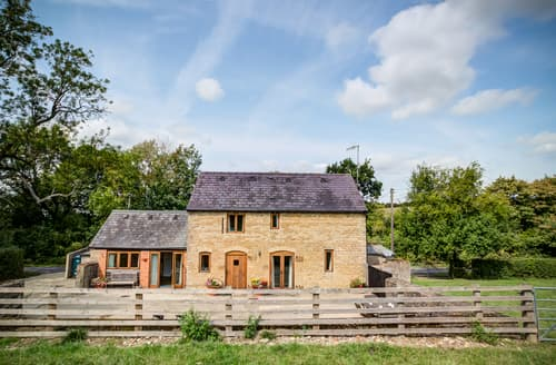 Last Minute Cottages - Little Barn