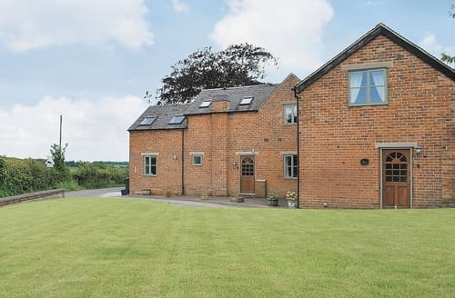 Last Minute Cottages - Owl Barn - 15838