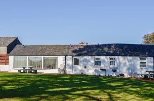 Last Minute Cottages - Lily Cottage