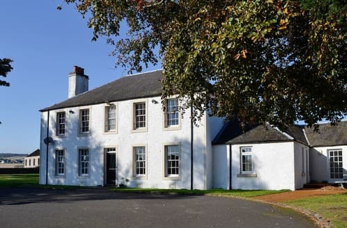 Last Minute Cottages - Benvie Farmhouse
