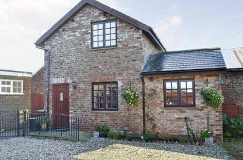 Last Minute Cottages - Thomsons Arms Cottages No1 -28041
