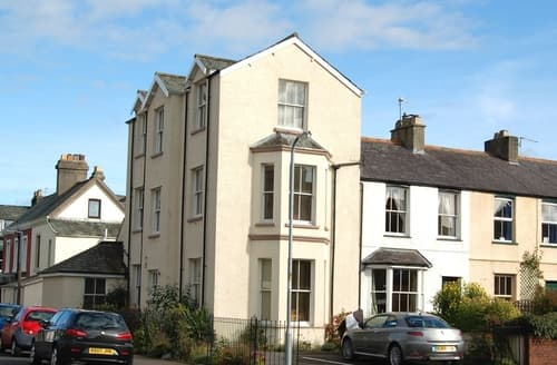 Last Minute Cottages - Helvellyn House Apartment