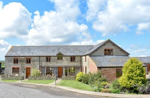Last Minute Cottages - Wriggle View - DBBM