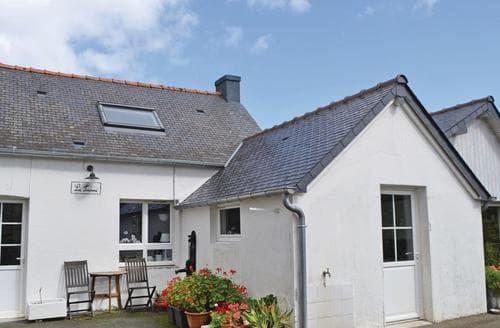 Last Minute Cottages - Pleurtuit