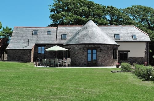 Last Minute Cottages - The Old Roundhouse