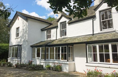 Last Minute Cottages - The Vicarage