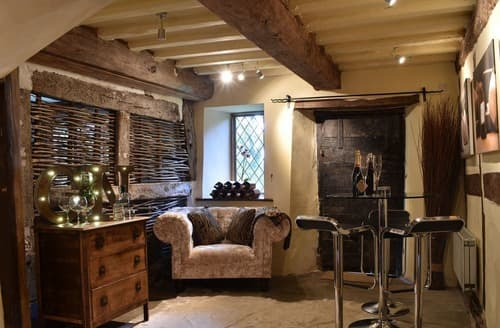 Last Minute Cottages - The Manor