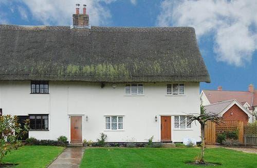 Last Minute Cottages - Captivating Gislingham Rental S9941