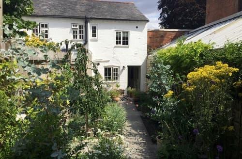 Last Minute Cottages - Hyde Cottage