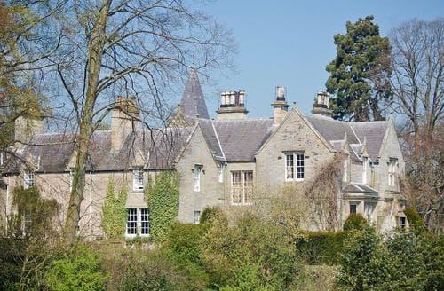 Last Minute Cottages - Lochside Garden House - S4484