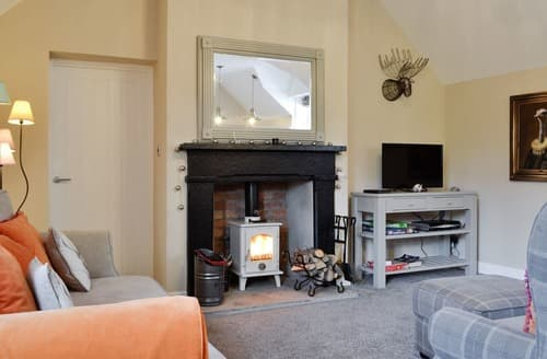 Last Minute Cottages - The Courtyard - UK10333