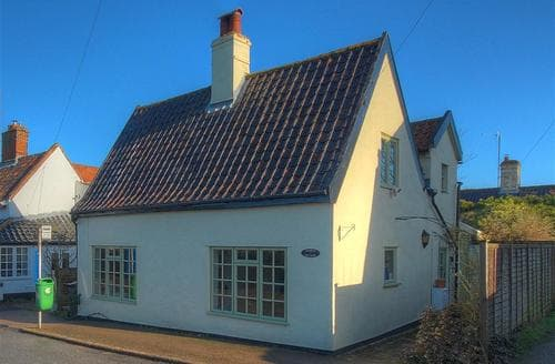 Big Cottages - Stunning Wangford Rental S10003