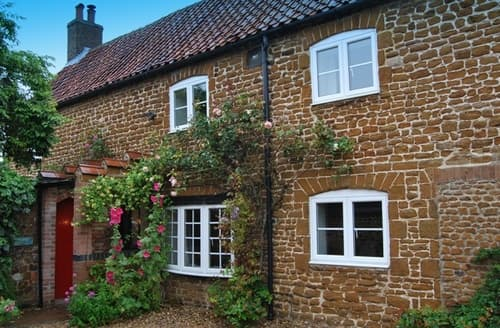 Last Minute Cottages - Pebble Cottage
