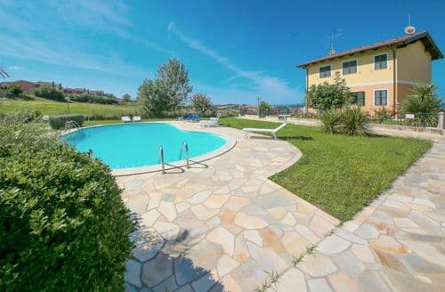 Last Minute Cottages - Orizzonte