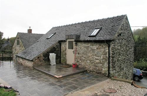 Last Minute Cottages - Pipistrelle Barn