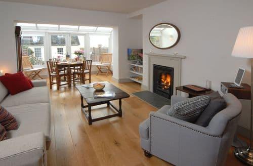 Last Minute Cottages - Lyme Cottage, Lyme Regis
