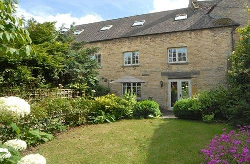 Last Minute Cottages - Posting House Barn, Stow-on-the-Wold