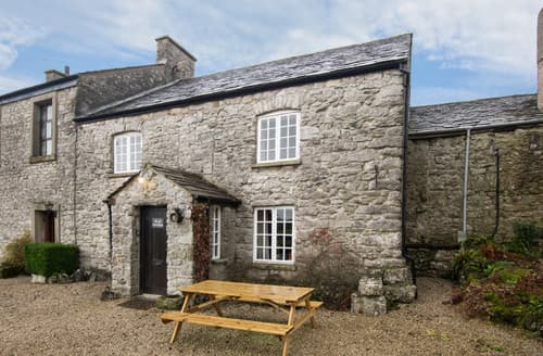 Last Minute Cottages - The Old Farmhouse