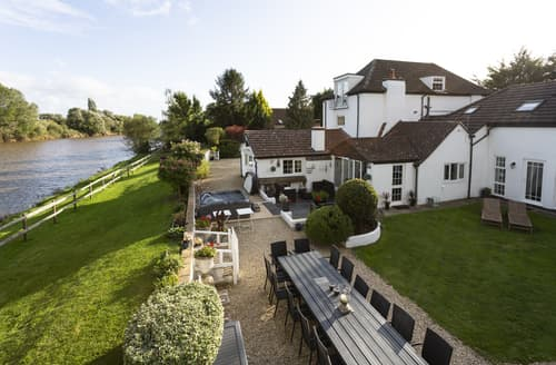 Last Minute Cottages - River Severn Mansion Estate