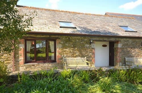 Last Minute Cottages - Looe Cottage
