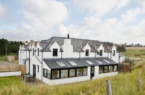 Big Cottages - Charming Montrose Cottage S72326