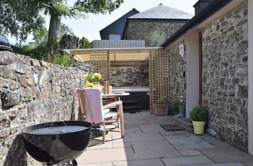 Last Minute Cottages - Lifton Cottage