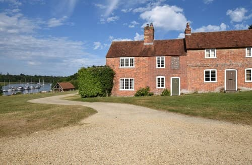 Last Minute Cottages - Brockenhurst Cottage