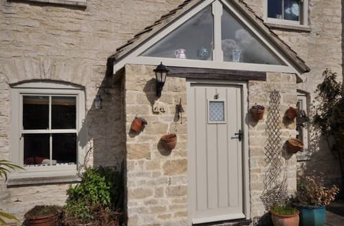 Last Minute Cottages - Tetbury Cottage