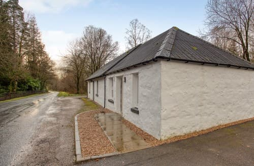 Last Minute Cottages - By Fort William Cottage