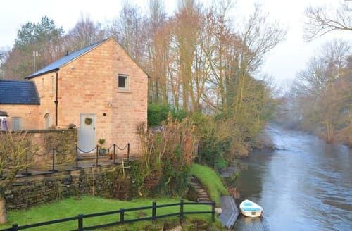 Last Minute Cottages - Matlock Cottage